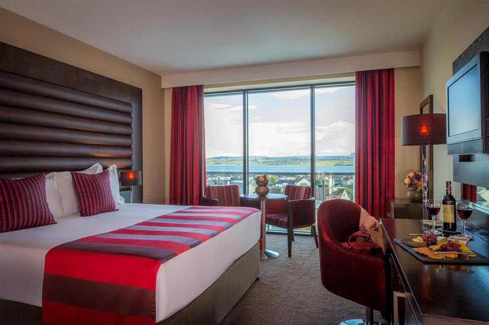 Loughrea Hotel double bedroom