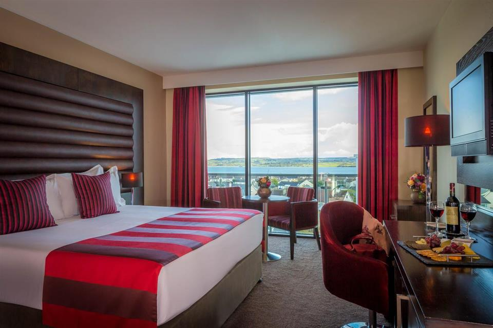 Loughrea Hotel double bedroom