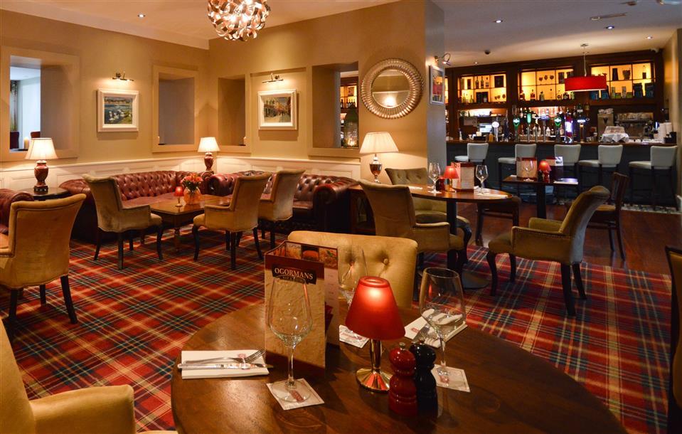 Clybaun Hotel bar
