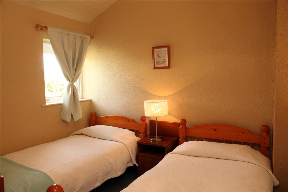 Carraroe Holiday Cottages Bedroom