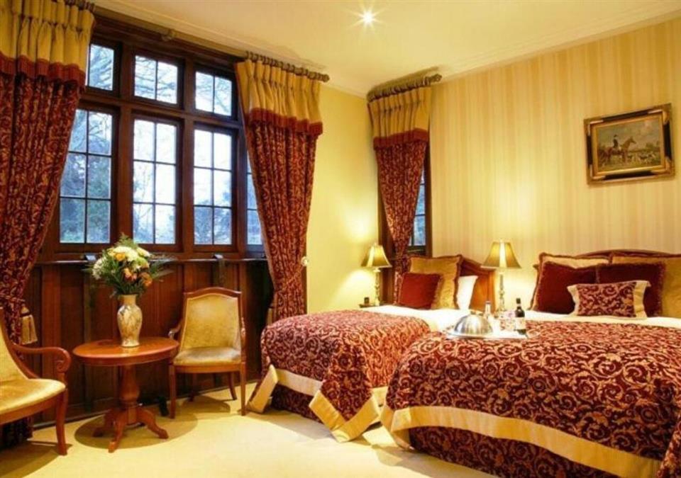 Lough Rynn Castle Bedroom