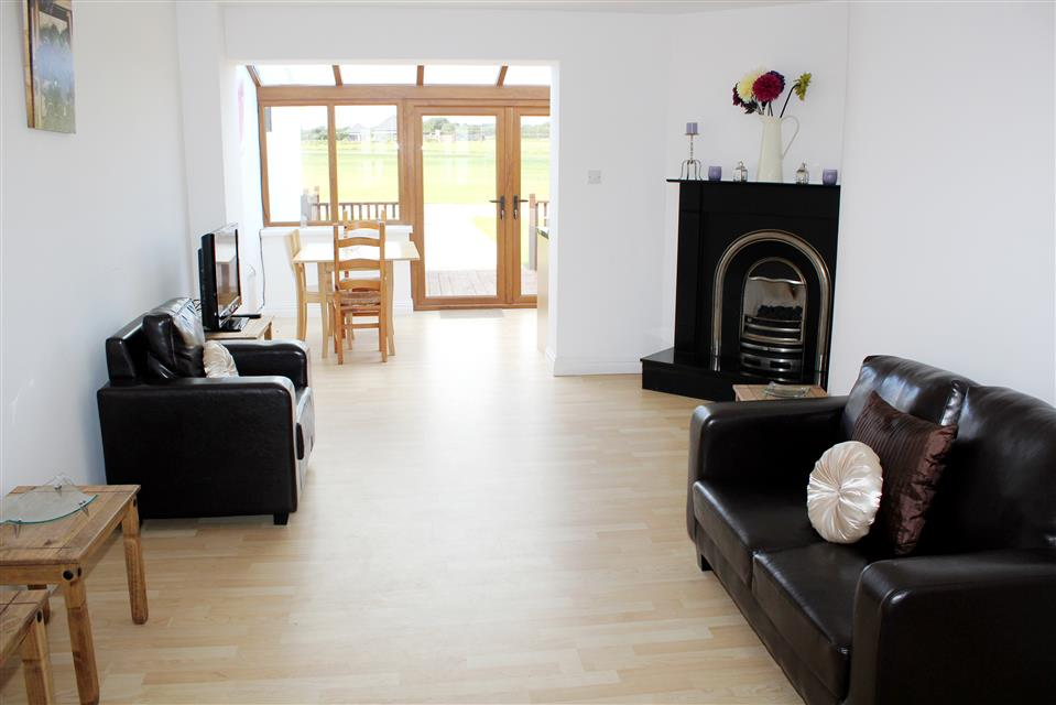 Hookless Holiday Homes lounge
