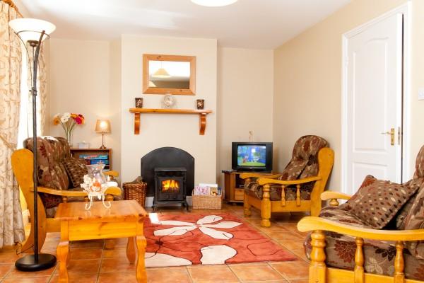 Abhainn Ri Cottages lounge