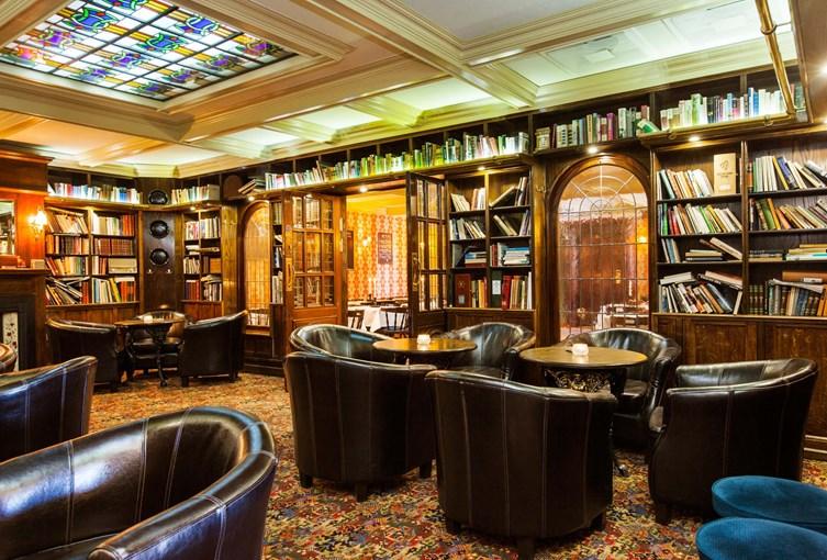 Elite Hotel Savoy Bibliotek