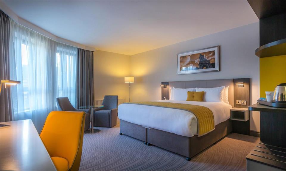Maldron Hotel Sandy Road Galway Bedroom