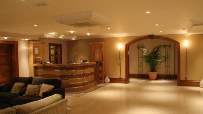 Innisfallen Hotel reception