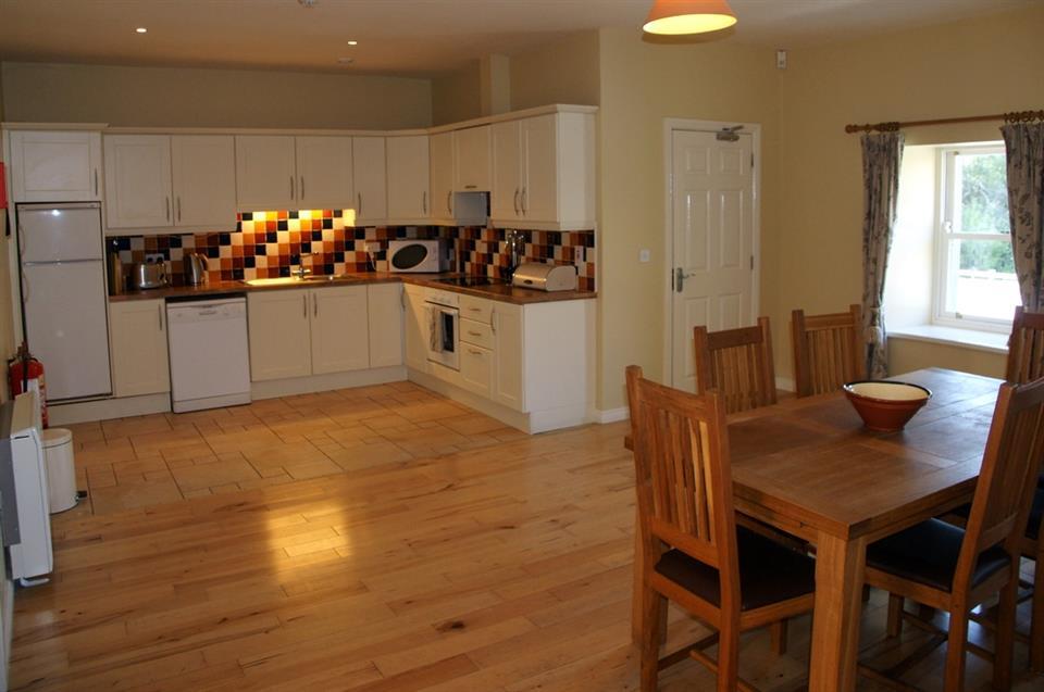 Aashelagh Cottages Kitchen