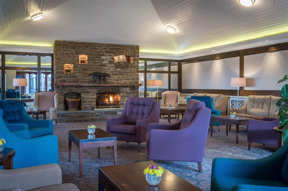 Dingle Skellig Hotel lounge