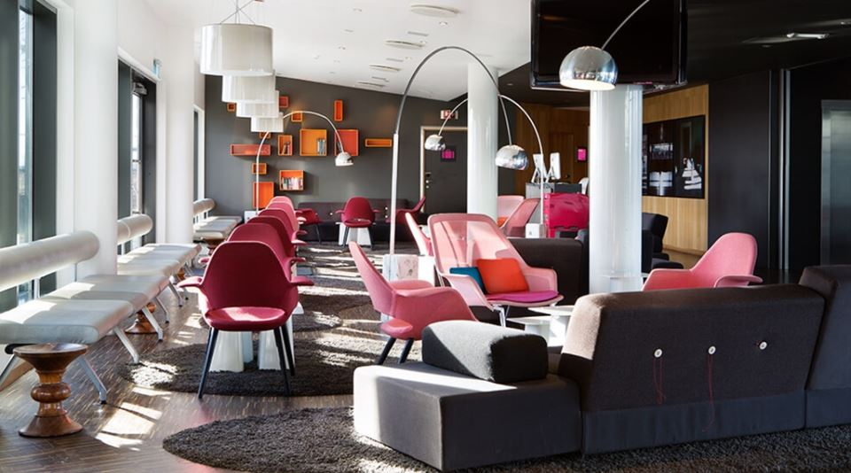 Comfort Hotel Runway Lounge