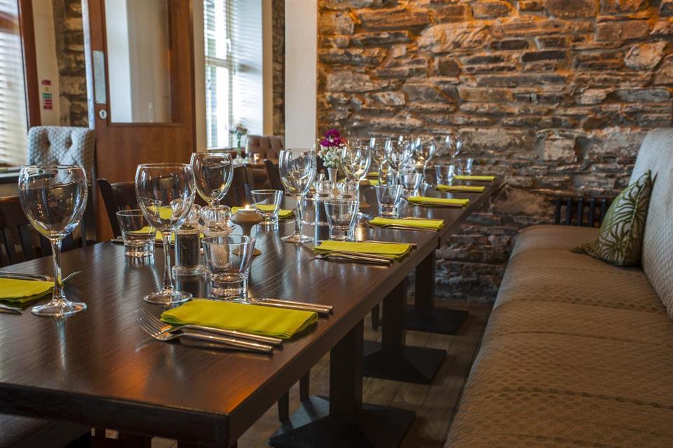 McGrorys Hotel Restaurant