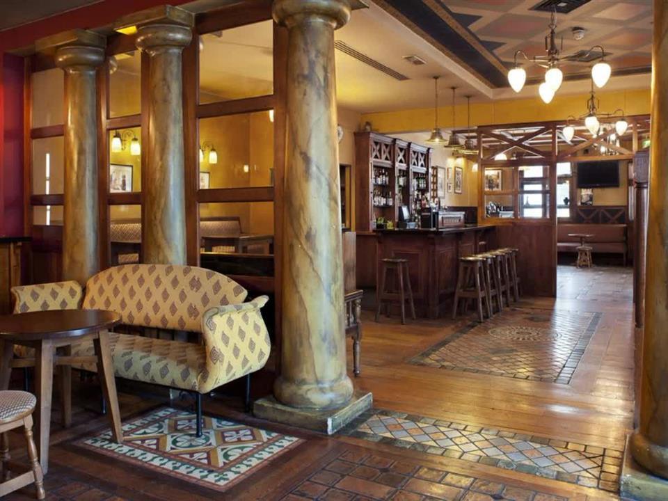 The Parkavon Hotel Bar