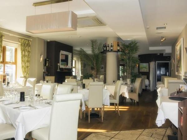 Coach House Hotel Basillco Restaurant