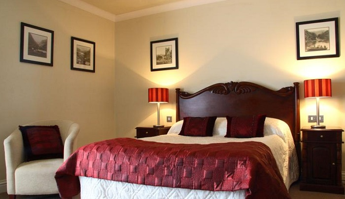 Riverside  Hotel Killarney bedroom