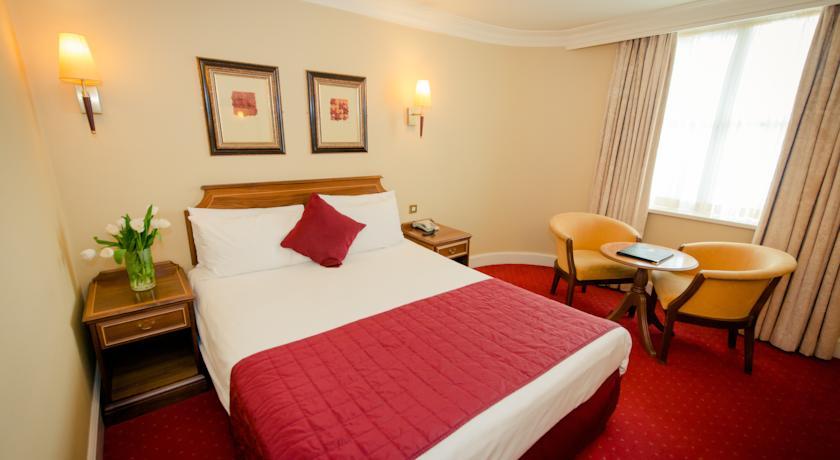 Albany House Hotel Bedroom