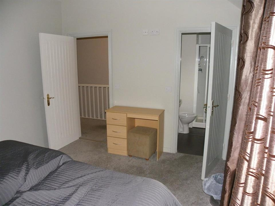 Castle Gardens Holiday Homes Double ensuite
