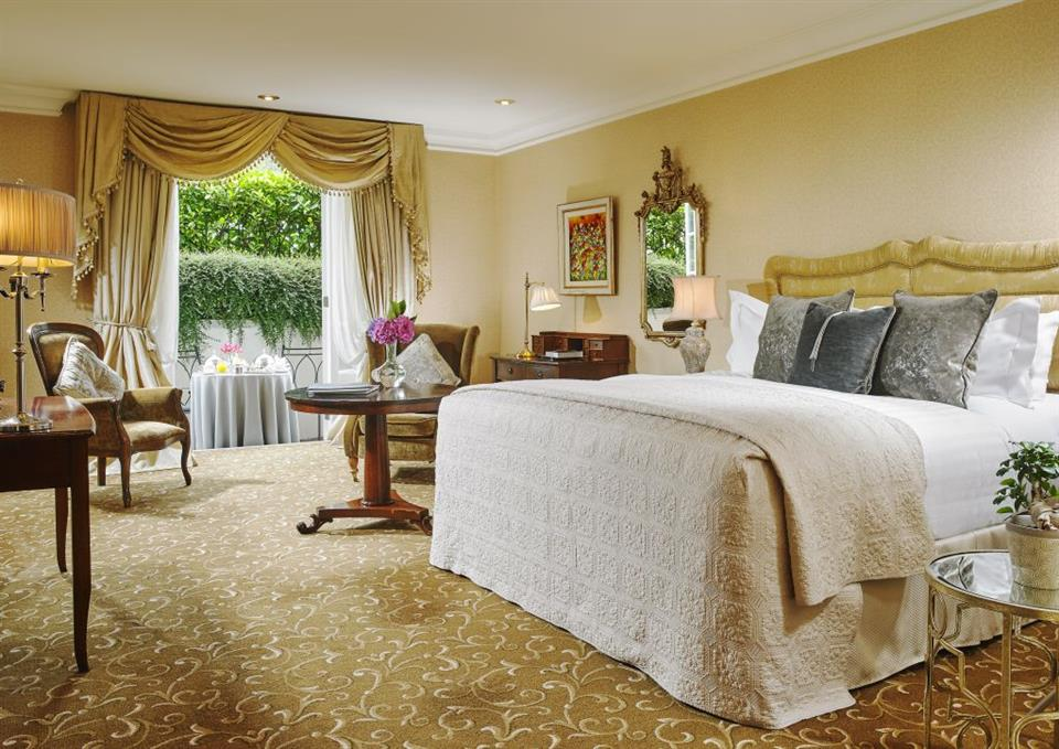 Superior Bedroom at Hayfield Manor