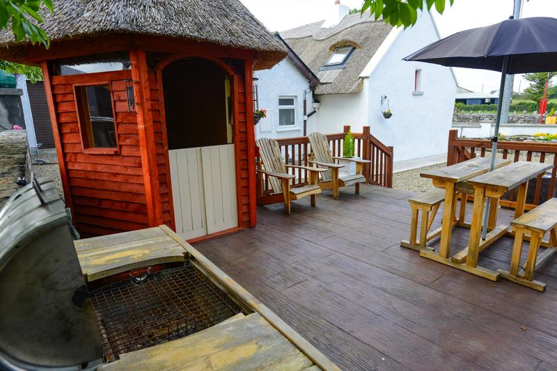 Berties Cottage BBQ Area