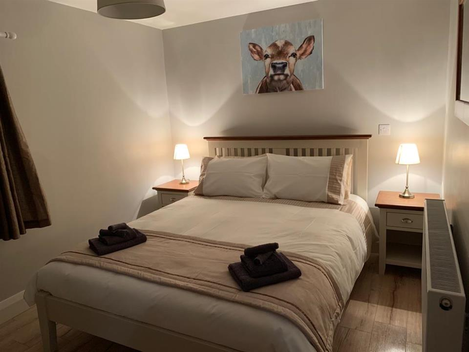 Cloghboola Cottage Bedroom