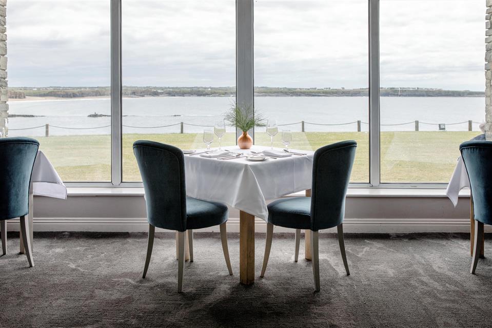Armada Hotel Pearl Restaurant
