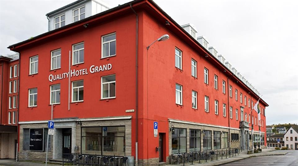 Quality Hotel Grand Kristiansund Fasad
