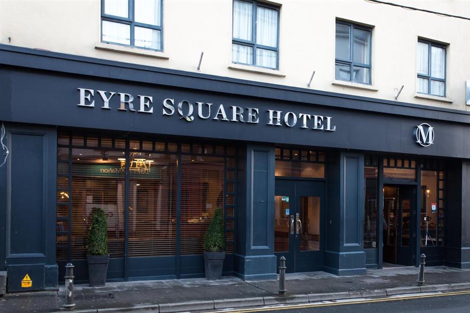 Eyre Square Hotel Exterior