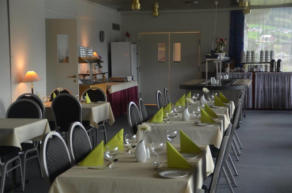Innvik Fjordhotell Restaurang