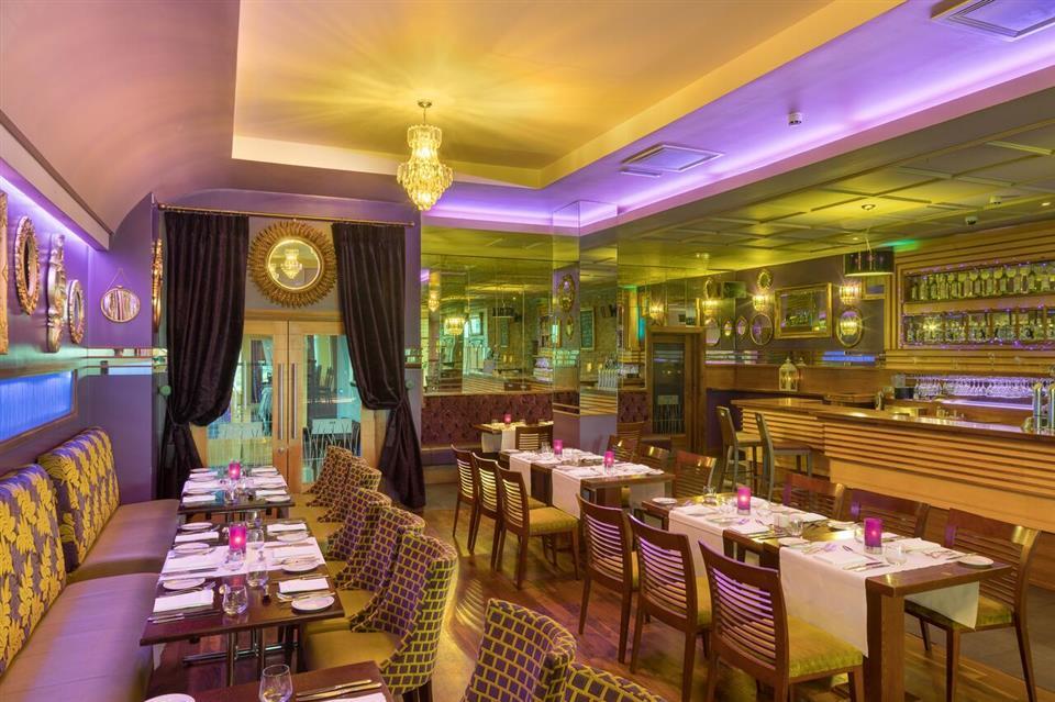 Raheen woods hotel restaurant