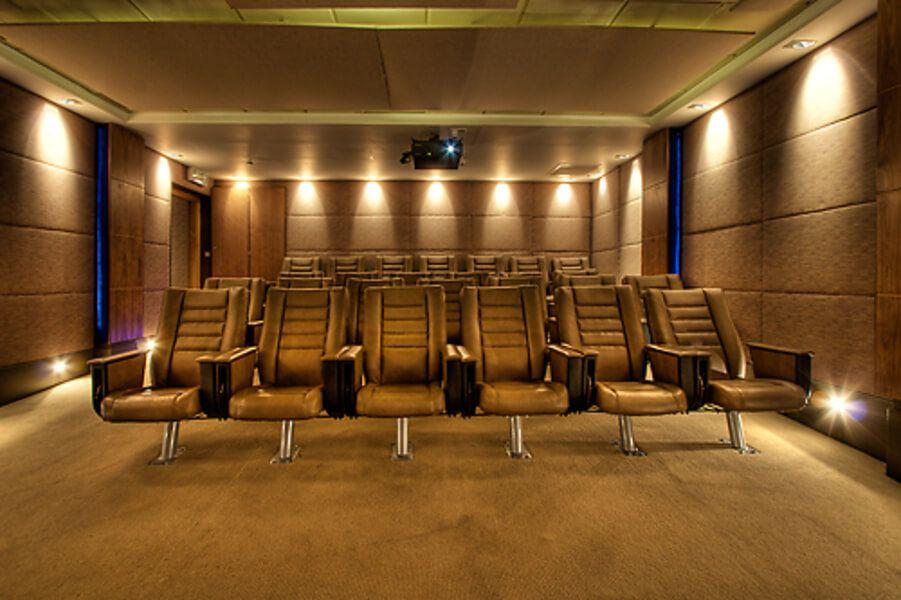 brooks hotel cinema
