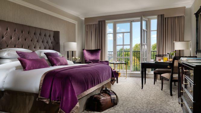 InterContinental Dublin Deluxe Bedroom