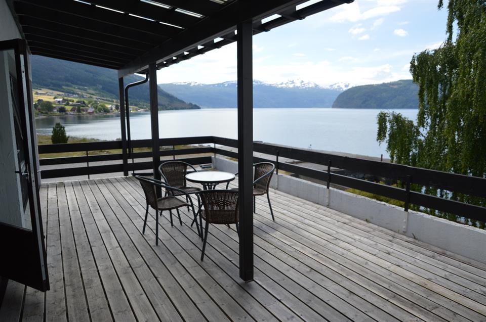 Innvik Fjordhotell Terrass