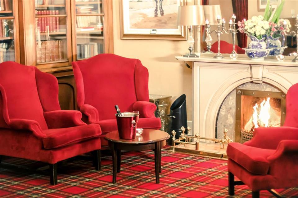 Arnolds Hotel Reception