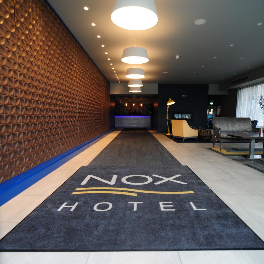 Nox Hotel Reception