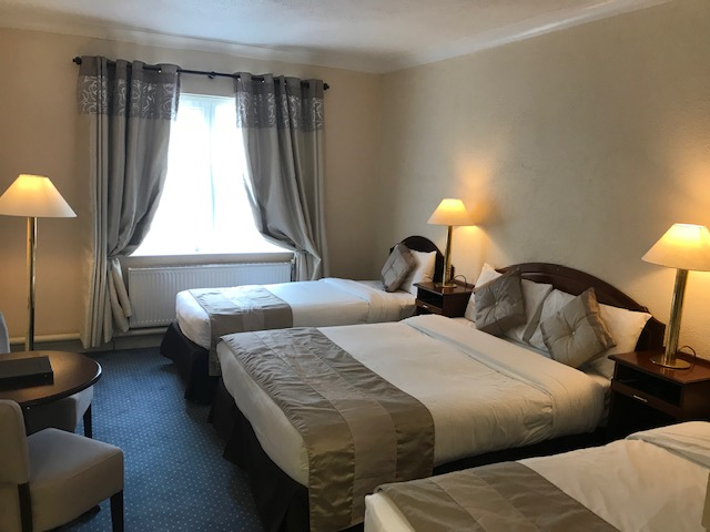 Westlodge Hotel Family Room