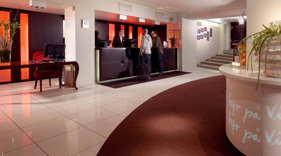Clarion Collection Hotel Folketeateret Reception