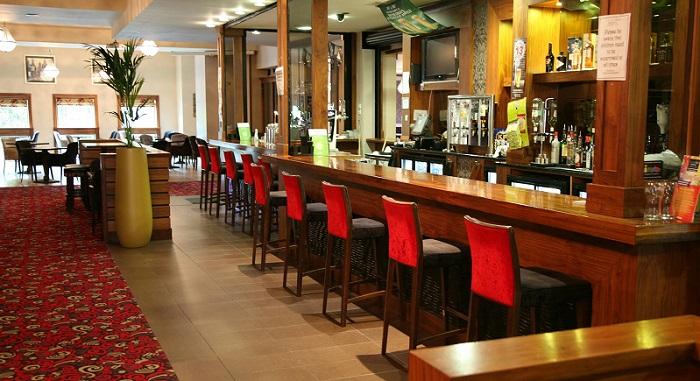 Green Isle Hotel Bar