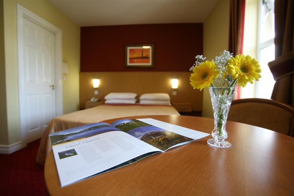 Ballyliffin Hotel Bedroom