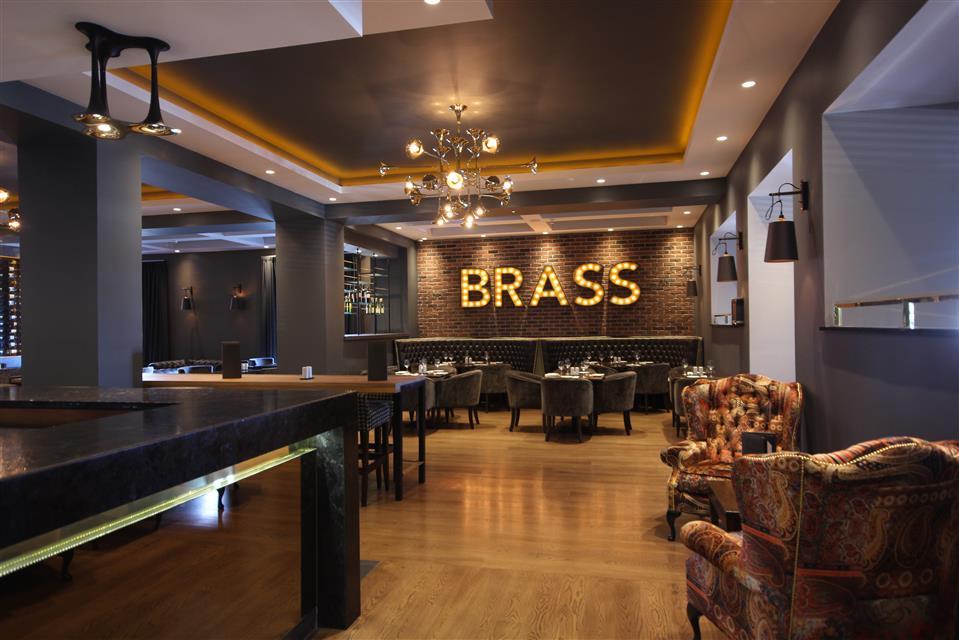 Brass Bar & Grill