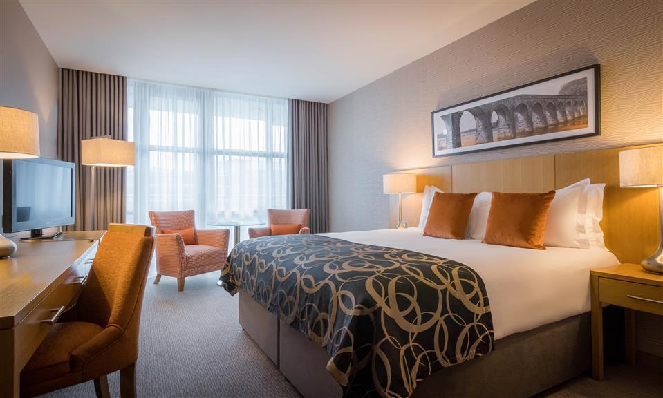 Clayton Hotel Cardiff Lane Bedroom