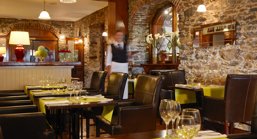 The Heights Hotel Killarney Bar