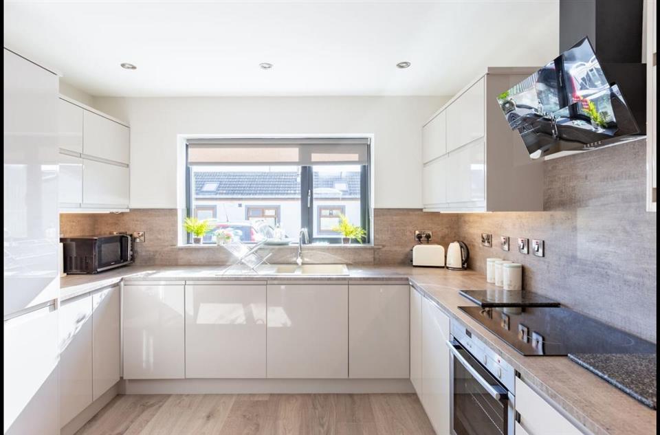 Firestation House kitchen