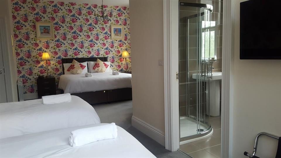Beara Coast Hotel family bedroom