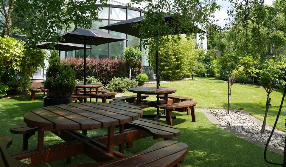 Connacht Hotel Garden