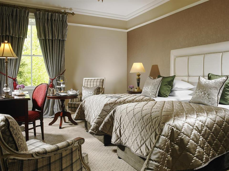 muckross Park Hotel bedroom