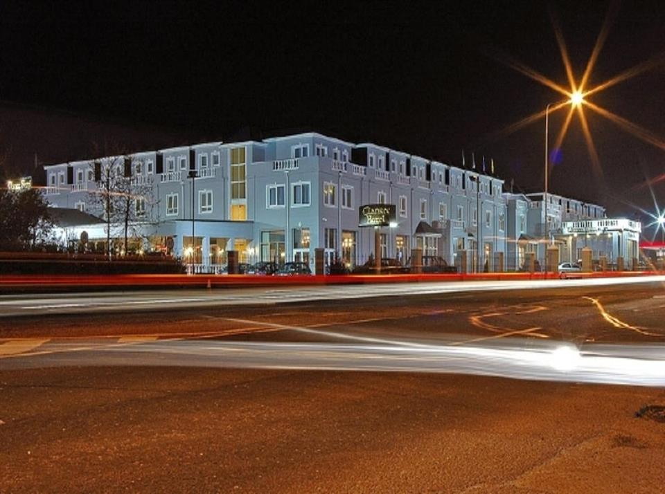 Clanree Hotel Letterkenny Exterior
