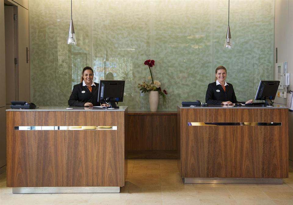 Maldron Hotel Smithfield Reception