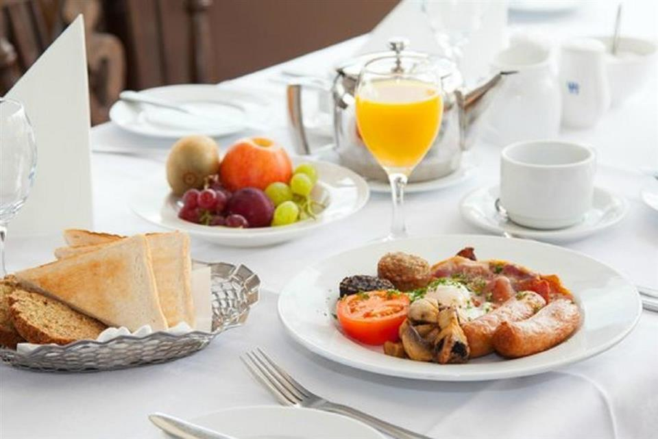 Westlodge Hotel Breakfast