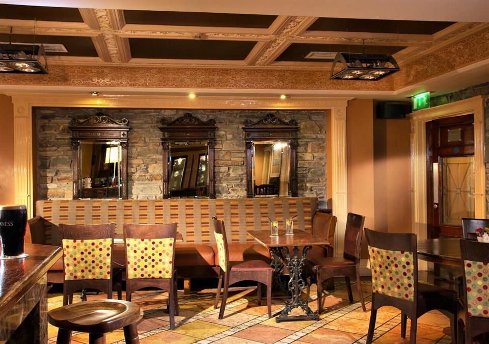 Castle Hotel Macroom Bar