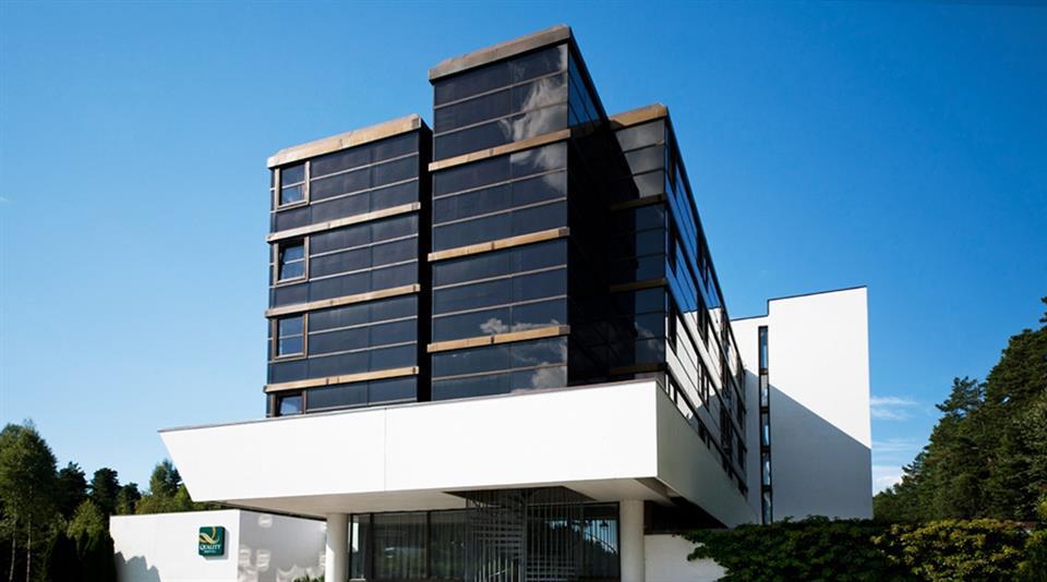 Quality Hotel Entry Fasad