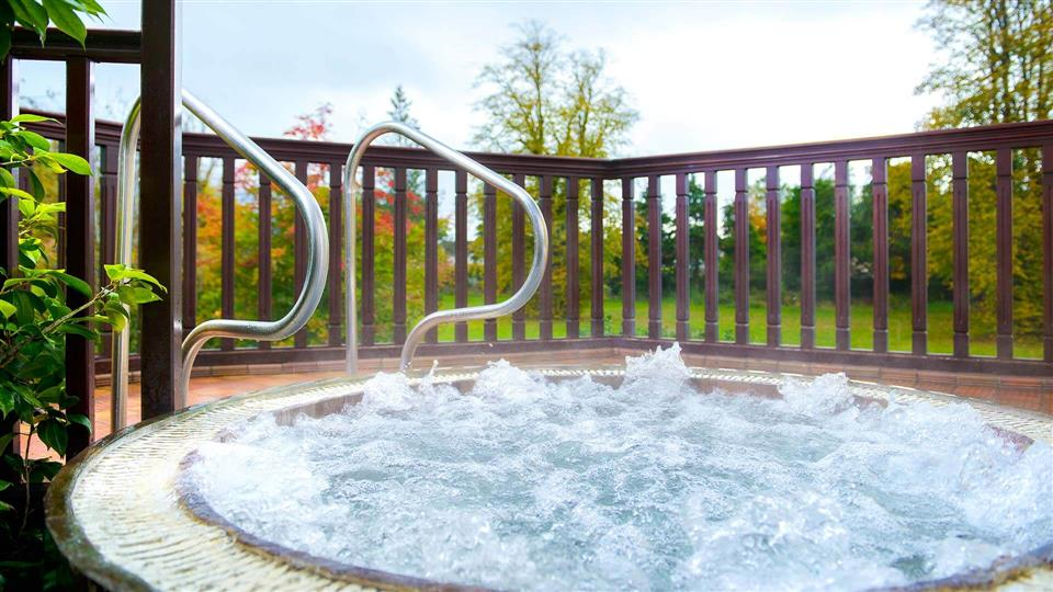 The Killarney Park Hotel Outdoor Hot Tub