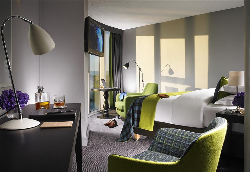 Clayton Hotel Limerick Deluxe Room